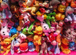 ぬいぐるみやおもちゃの置き場所をきちんと決めると片付けしやすい