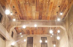 グランメゾン東京のインテリは照明が決めて