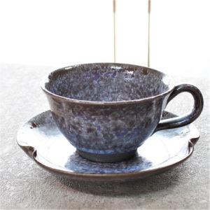 亜鉛結晶釉のカップ