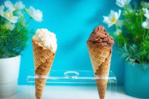 アイスクリームは青いパッケージ