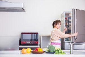 冷蔵庫は作業動線に合わせて配置